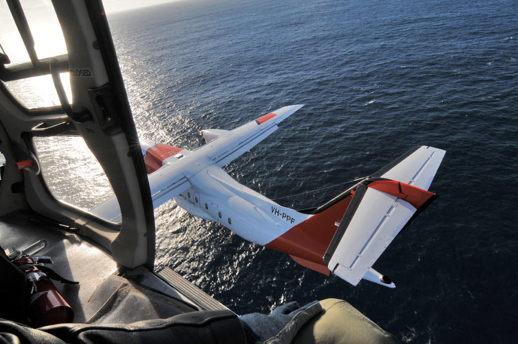 Shooting an AMSA Dornier 235, from an AS350 helicopter