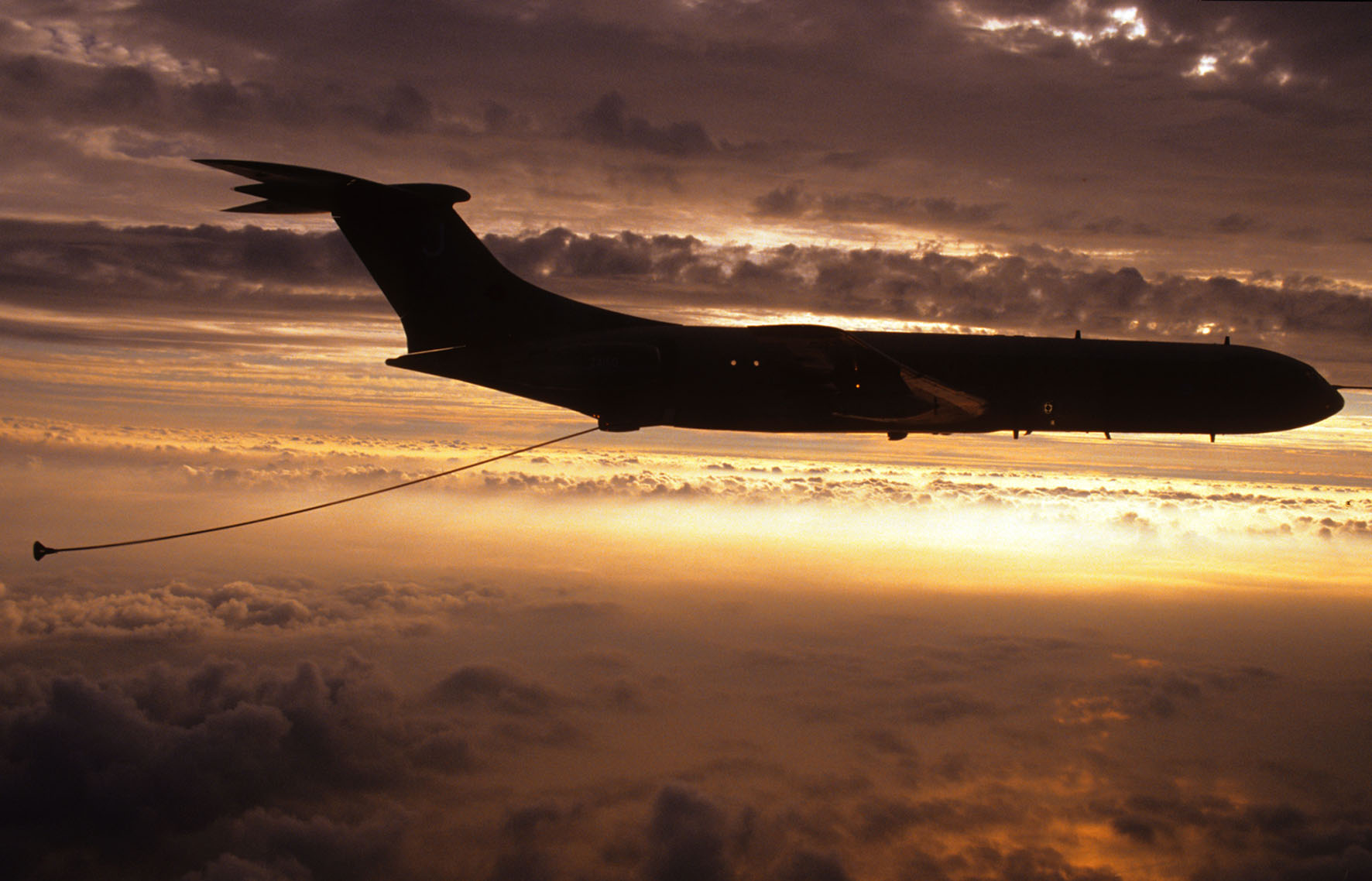 Vickers VC10 refuelling tanker