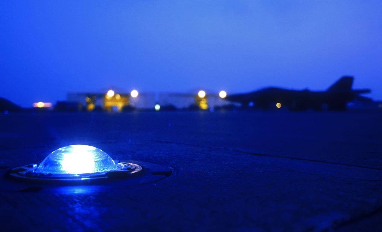 runway_light.jpg