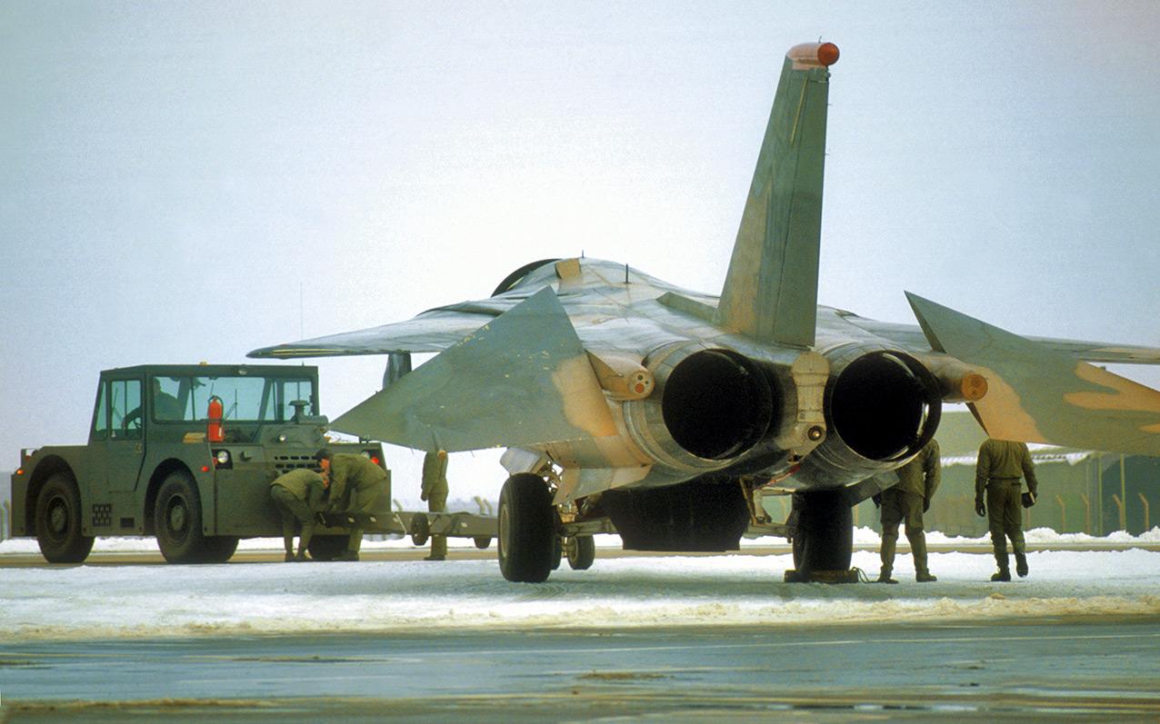 An F-111E amid the snow, Upper Heyford, winter 1990