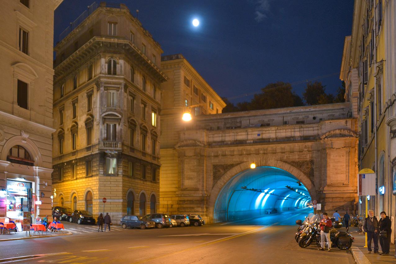 tunnel_florence.jpg