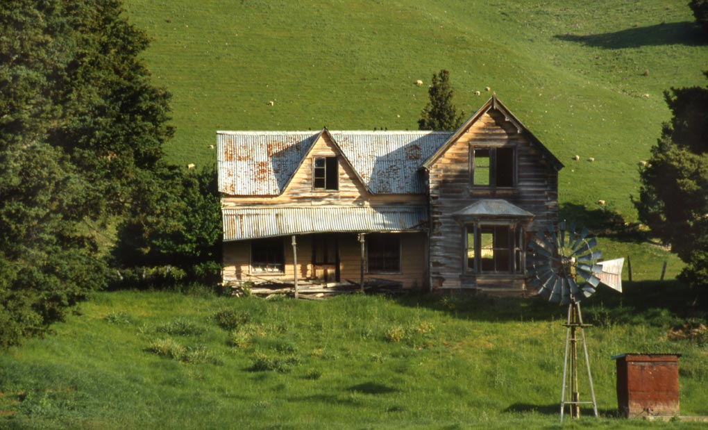 Abandoned 1950's home, Nelson, New Zealand