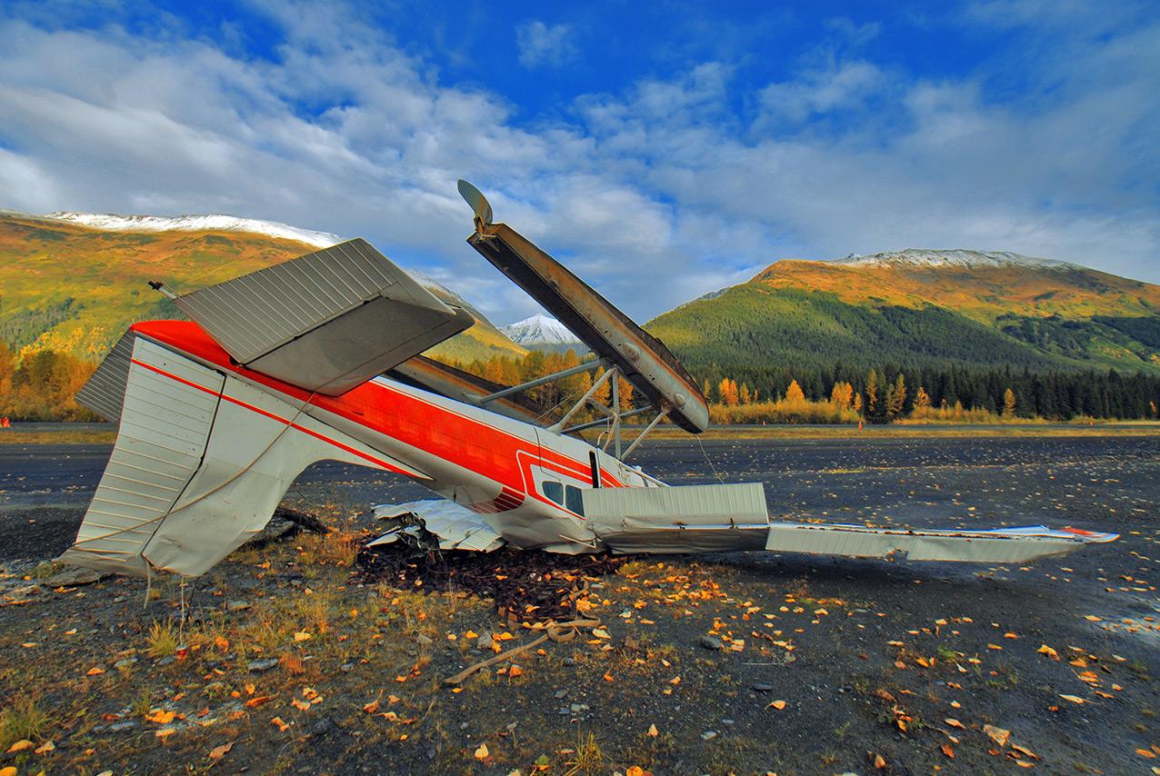 Crashed Cessna floatplane, Alaska