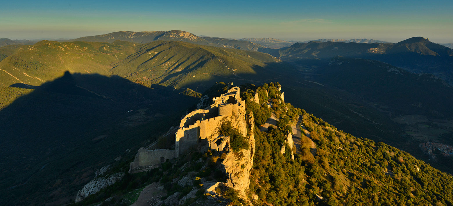 Panorama of the ruins of Peyrepertuse