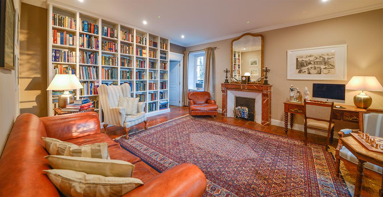 Manor House reading room