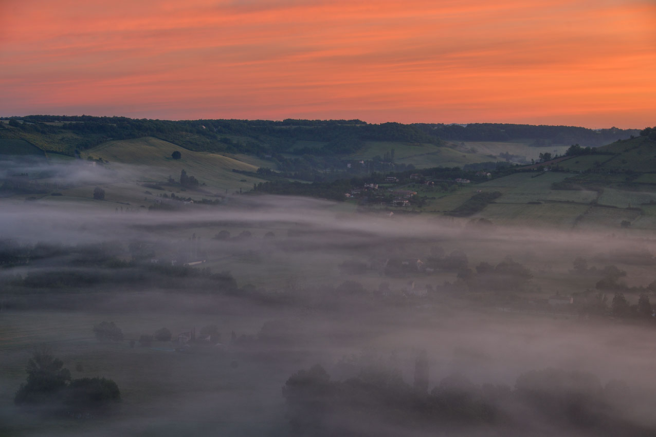 valley_predawn_mist.jpg