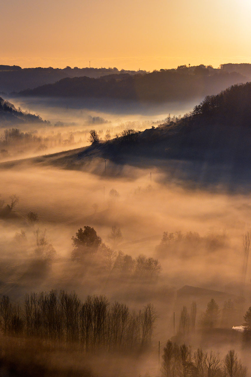 valley_mist_dawn_dec.jpg