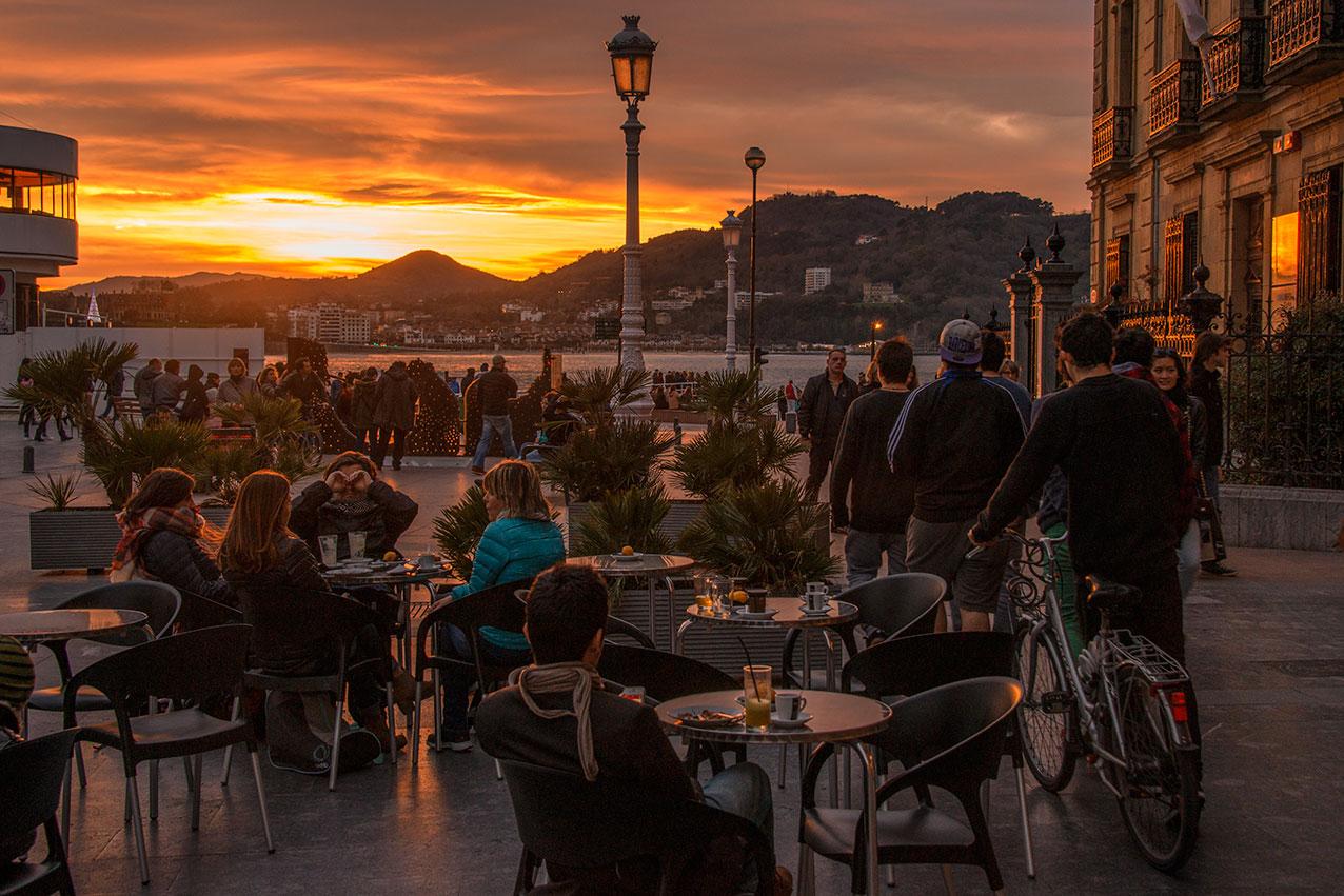 sunset_cafe.jpg