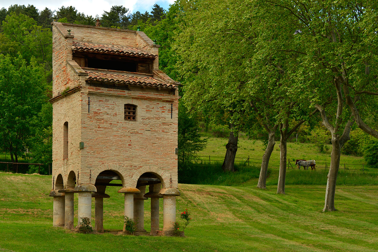 Chateau-du-Saurs