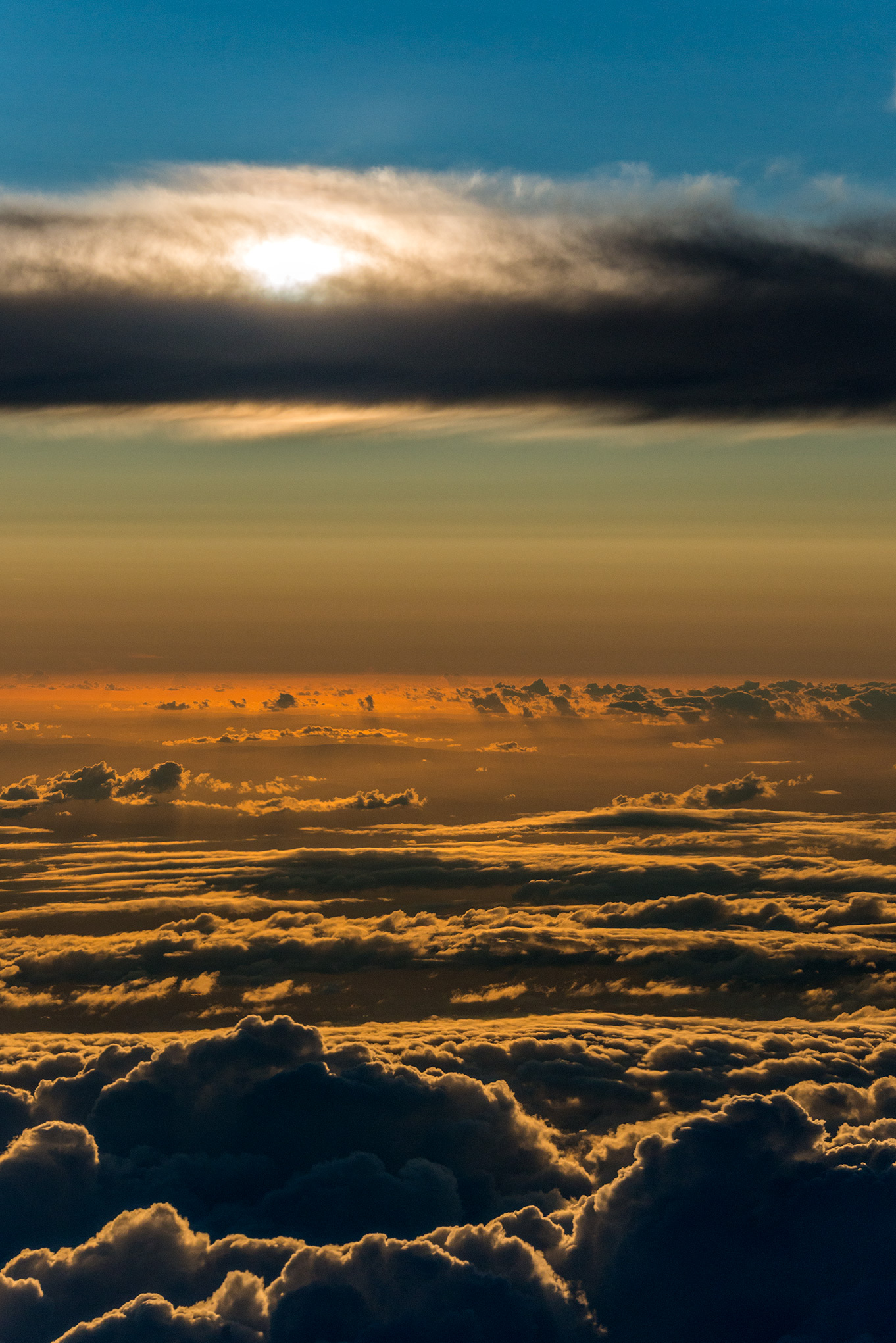aerial_portrait_cloudsacpe_sunset.jpg