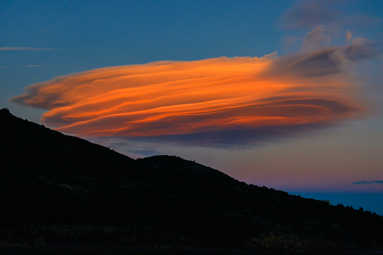 lenticular_cloud.jpg