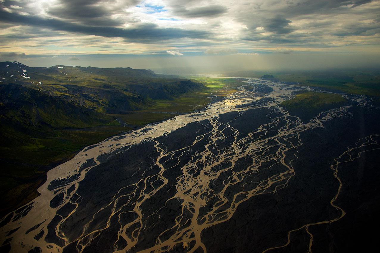 river_delta_iceland.jpg