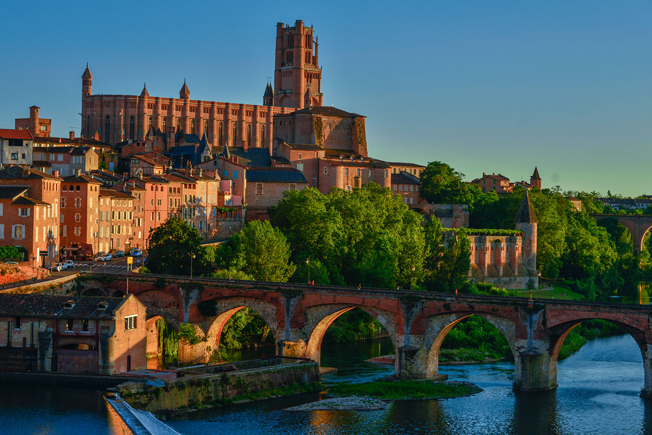 The city of Albi gave its name to the crusade that started the extermination, the Albigensian crusade.