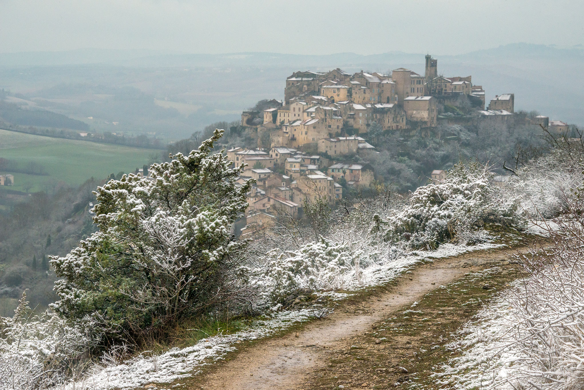 Snowscape over Cordes from Grain de Sel