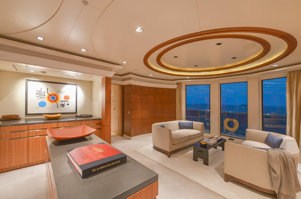 interior_circular_c.jpg