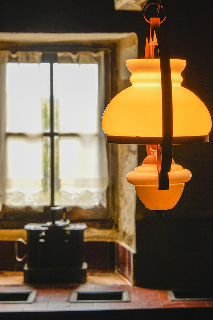 lamp_kitchen_cayla.jpg