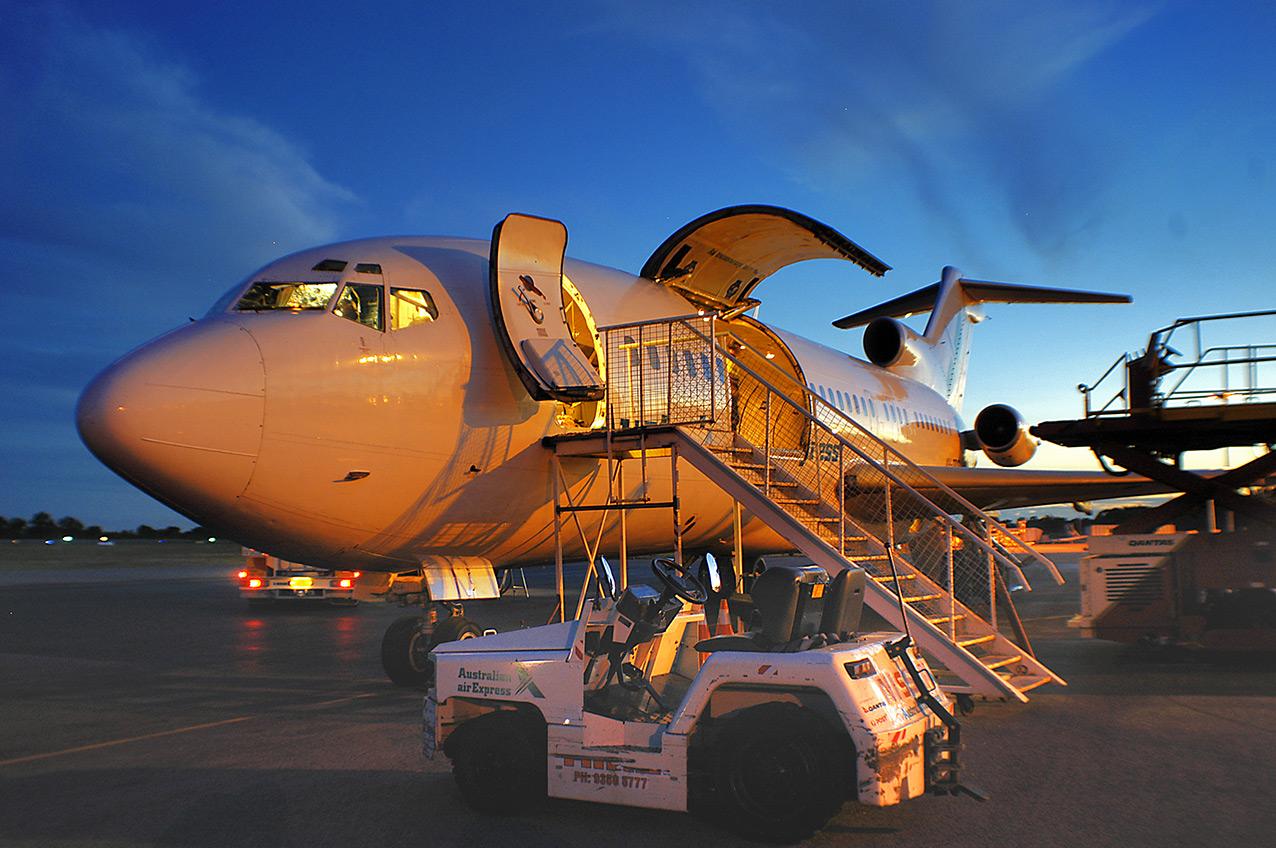 Boeing 727, Australian Air Express