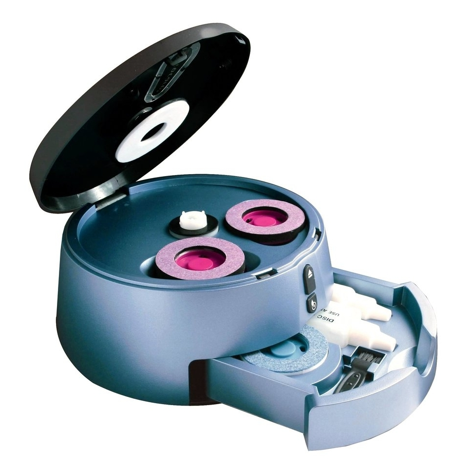 - Features:Cleans smudges, fingerprints, oil and dirt from Blu-Ray, DVD, and CD discsRepair most surface scratches on DVD and CD discsEasy, One-touch motorized operation - No need to touch cleaning chemicals!Integrated Storage Drawer to keep your pads and solutions organized