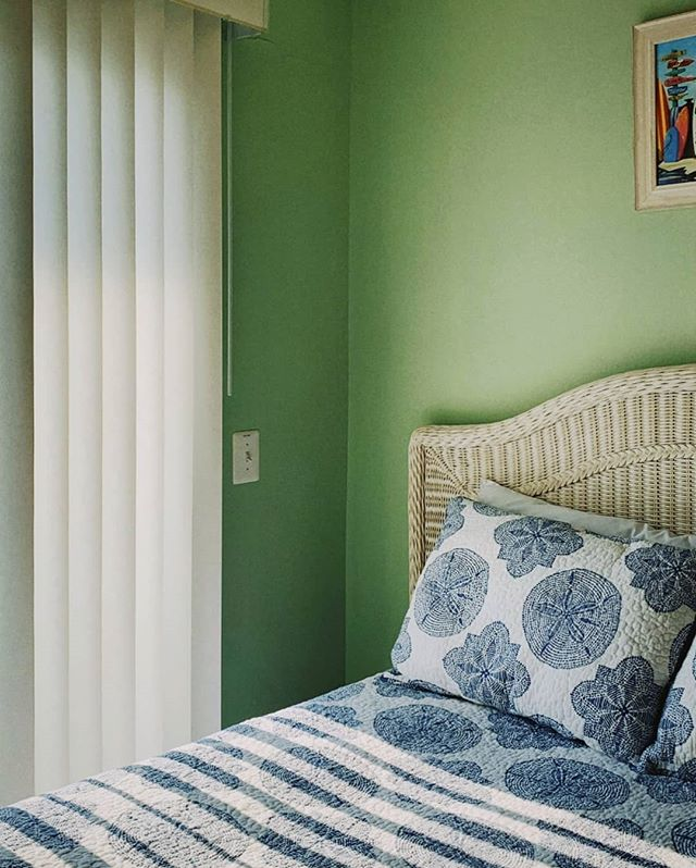 seafoam green | beach house (bed light bleed) // @pantone needs to make color swatch emojis #contaxt2 #afilmcosmos #kodak