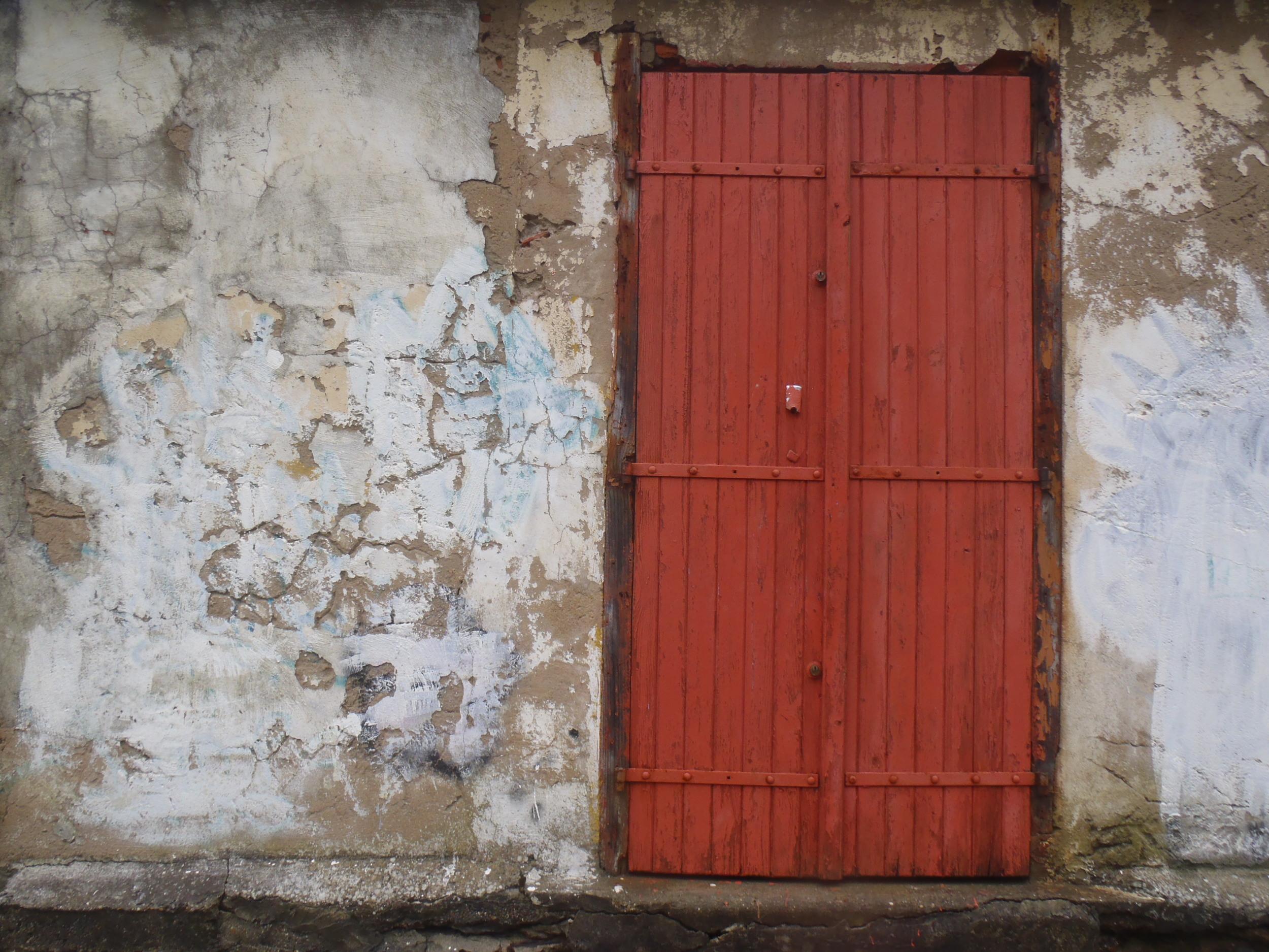 Biarritz door.jpg
