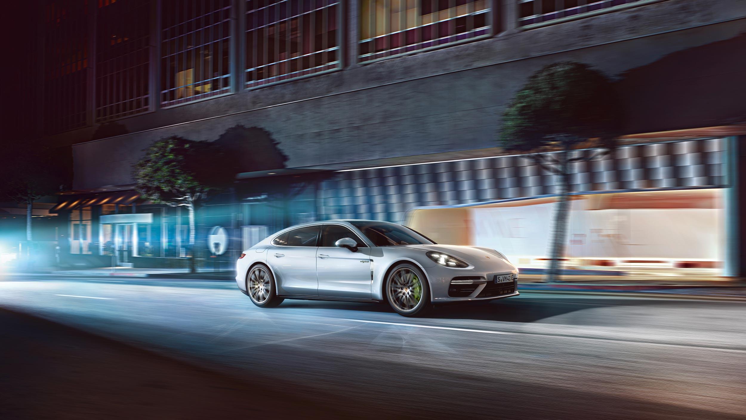 Porsche-E-Performance-8.jpg