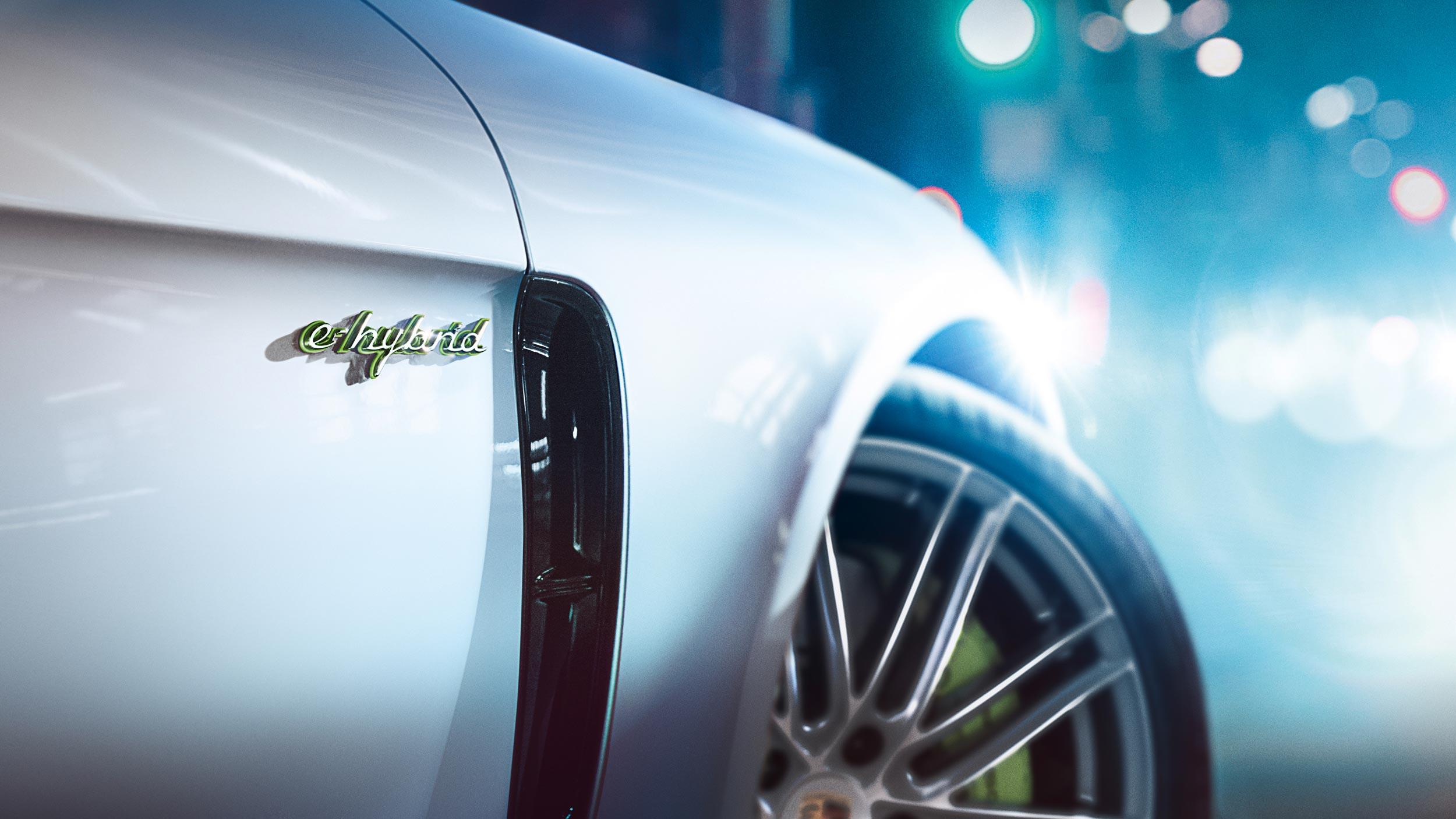 Porsche-E-Performance-12.jpg