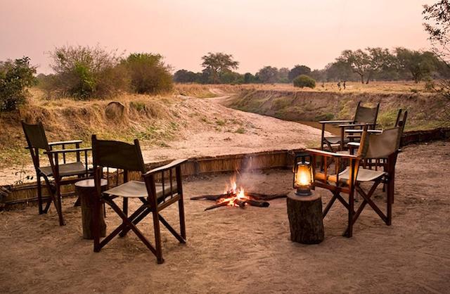Primal-Pathways-South_Luangwa_Walking-Safari-Chik-Camp-Fire.jpg