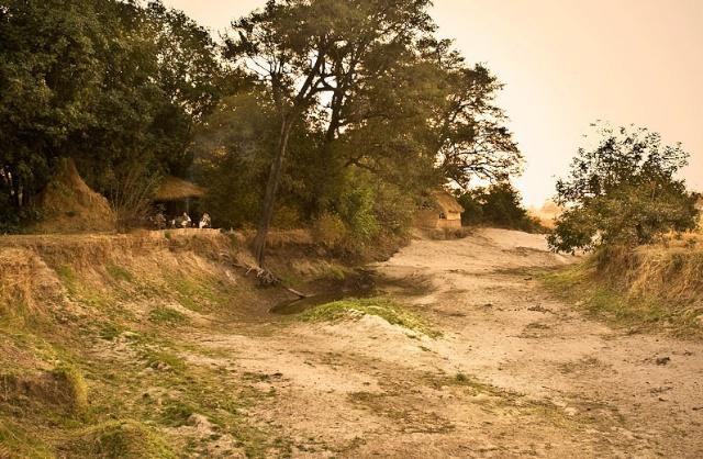 Primal-Pathways-Luangwa-Walking-Safari-Chik-River.jpg