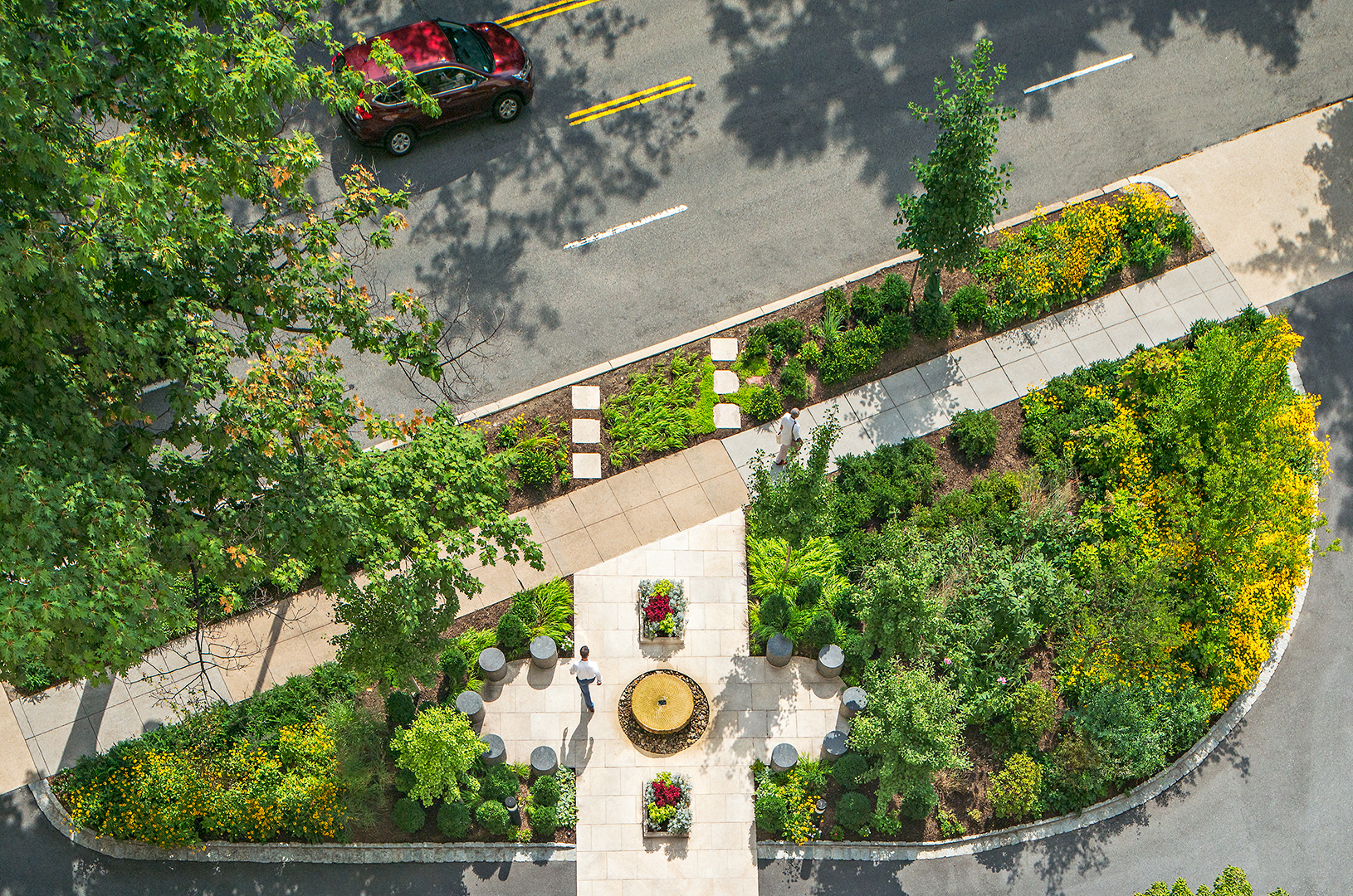 Project Location:  Washington, DC (North Cleveland Park)  Completion:  Summer 2015  General Contractor:  Denchfield Landscaping  Image By:  Allen Russ