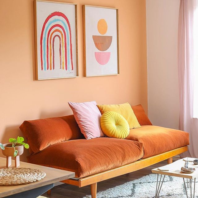 One of my delightful customers @clarenicolson has just moved her bespoke sofa revamp from London to Glasgow. So awesome seeing past projects grow and move on. Go check out Clare's work... this lady has an exceptional gift for colour and composition. Good luck Clare!