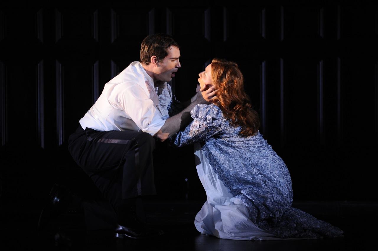 <i>Owen Wingrave</i> / Chicago Opera Theater / 2009