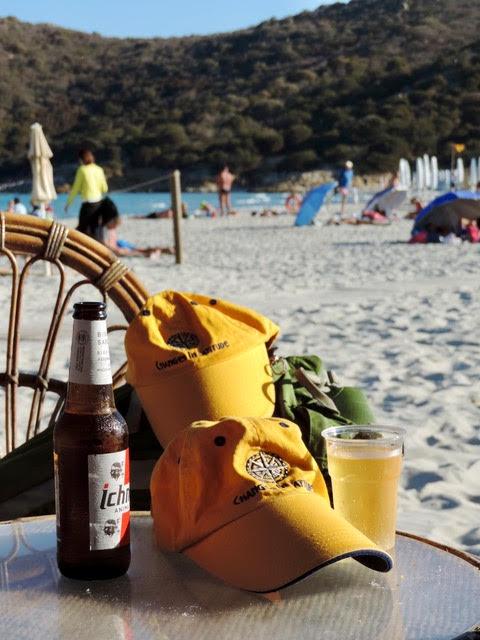 """"""" due birre e due cappelli in Sardegna"""" -"""
