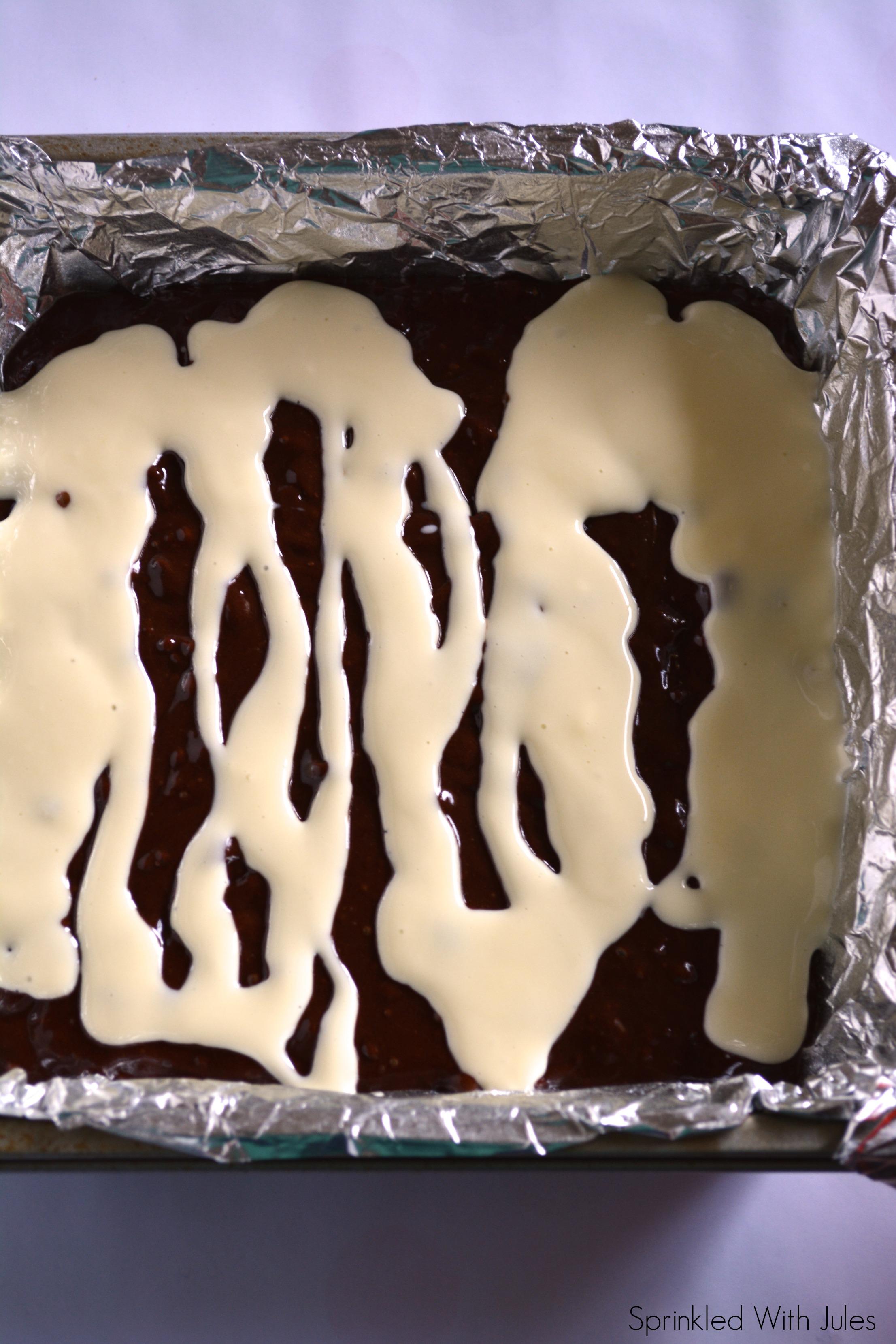 Pumpkin Cheesecake Swirl Brownies / Sprinkled With Jules