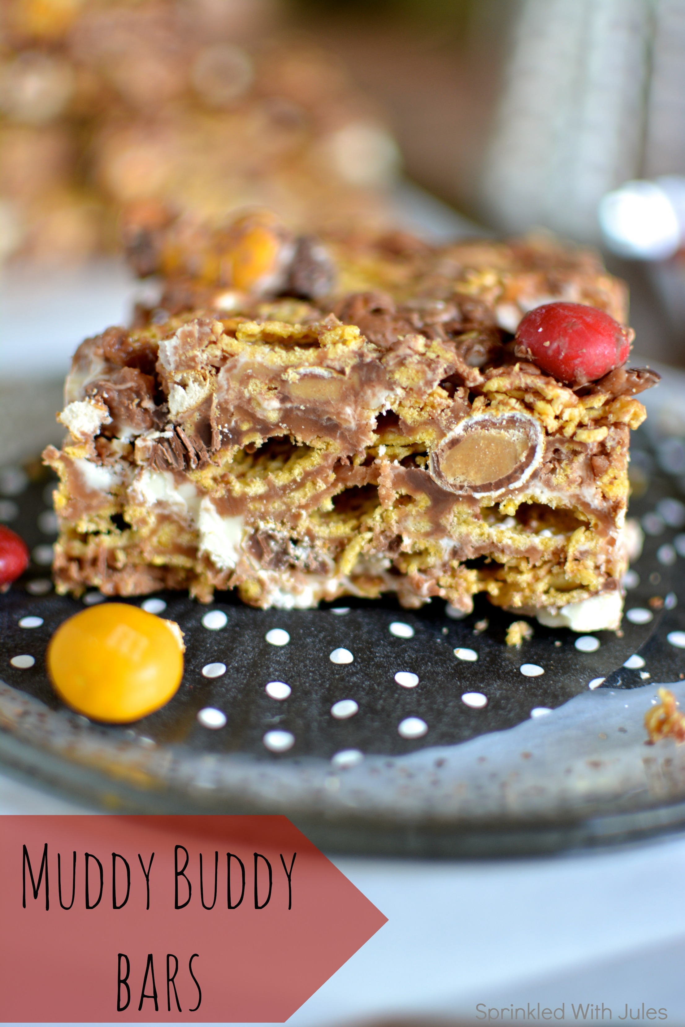 Muddy Buddy Bars. The delicious snack mix turned bar form! / Sprinkled With Jules