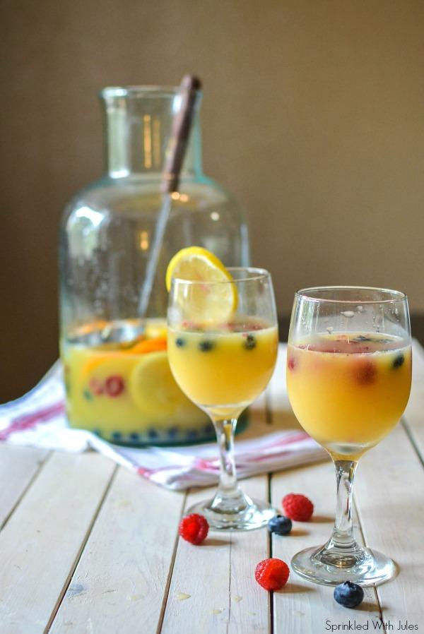 Champagne Sangria-3b.jpg