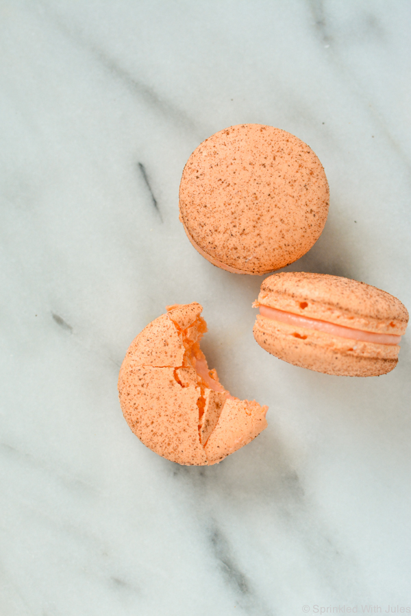 pumpkin spice french macarons