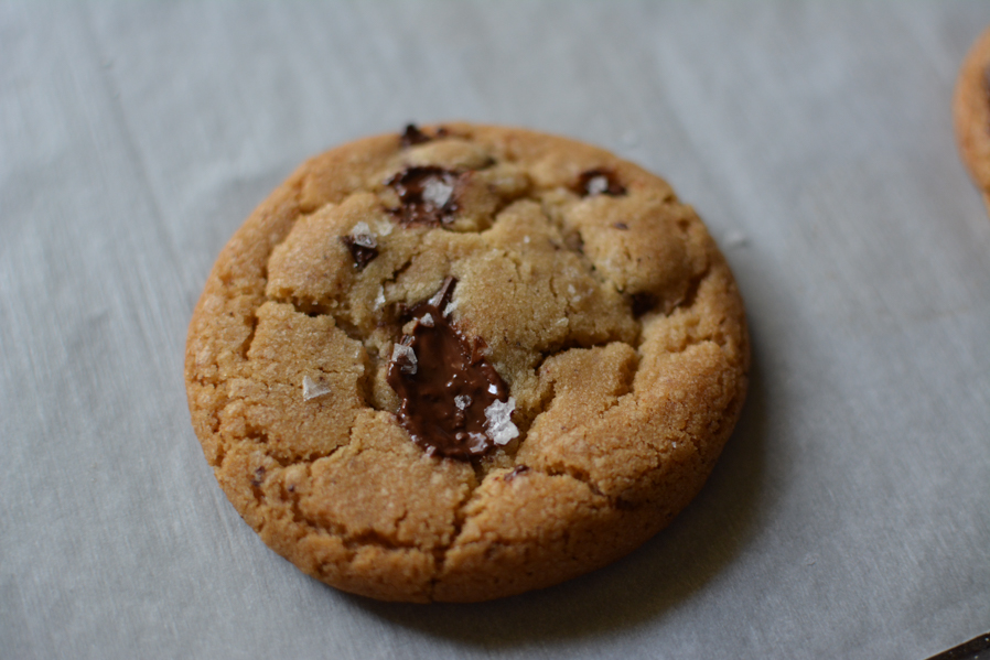 Brown Butter Chocolate Chip Cookies/ Sprinkledwithjules.com