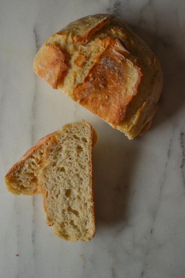 2-hour no-knead bread