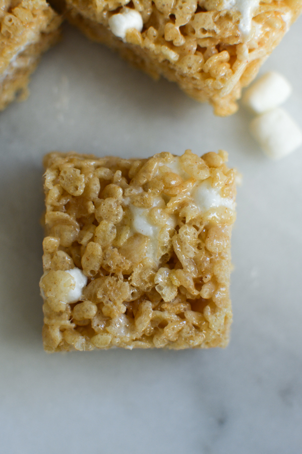 brown butter rice crispy treats | sprinkledwithjules.com