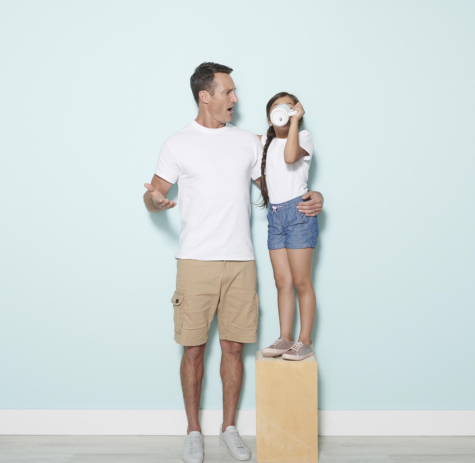 Basic_Shirts_Fathers_Day_Zara_Simon_Blue_Wall_0879_WEB.jpg