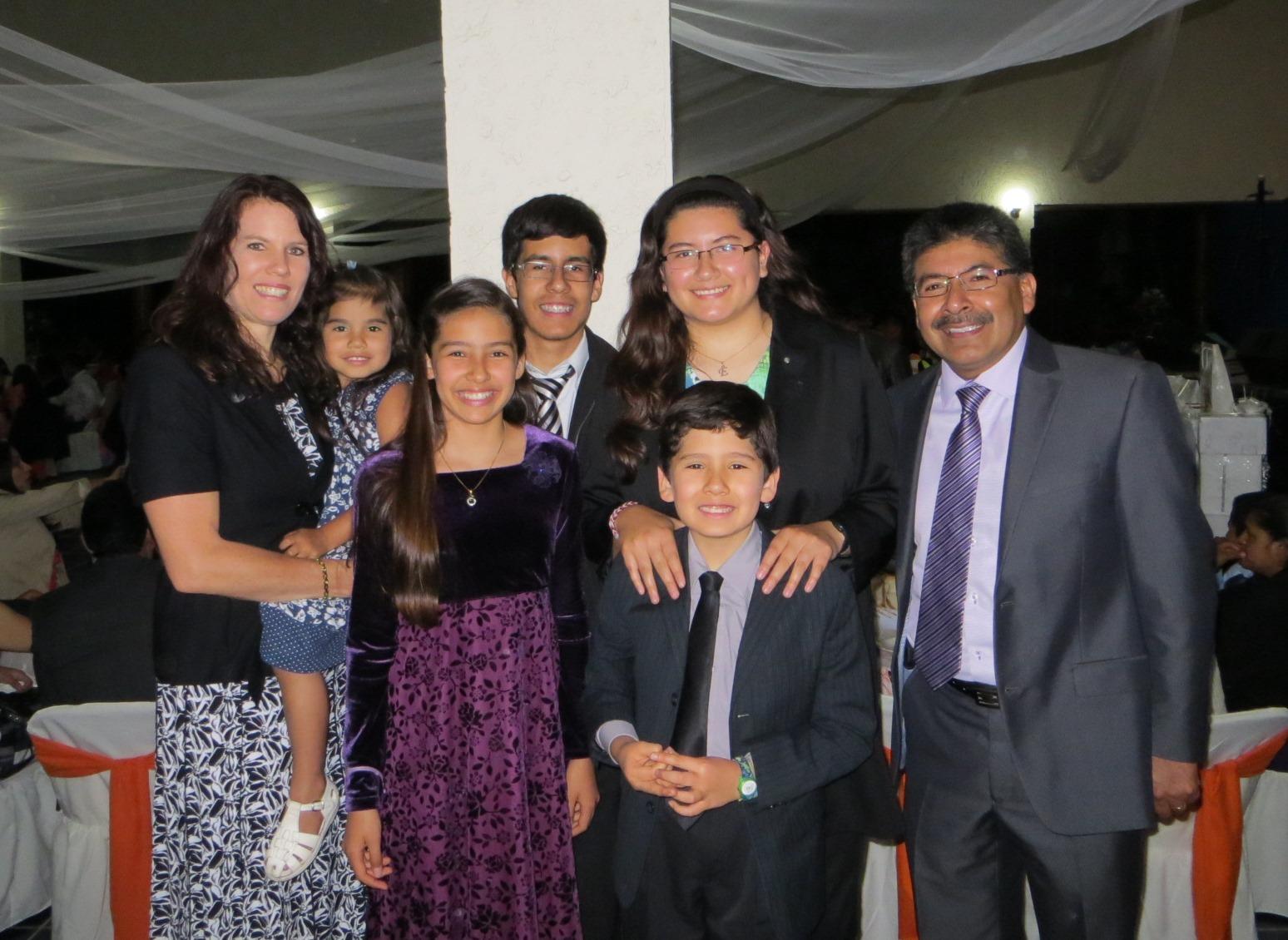 Vivanco Family, June 2014: Laura, Bethany (4 1/2), Kelly (12), Caleb (15), Emily (18), Nicolas (9) & Manuel