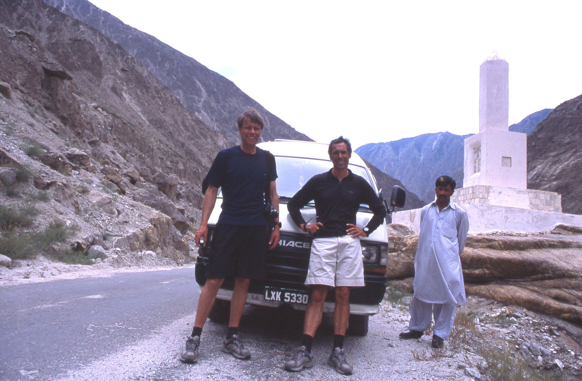On the KKH, heading to Gilgit then Karimabad.