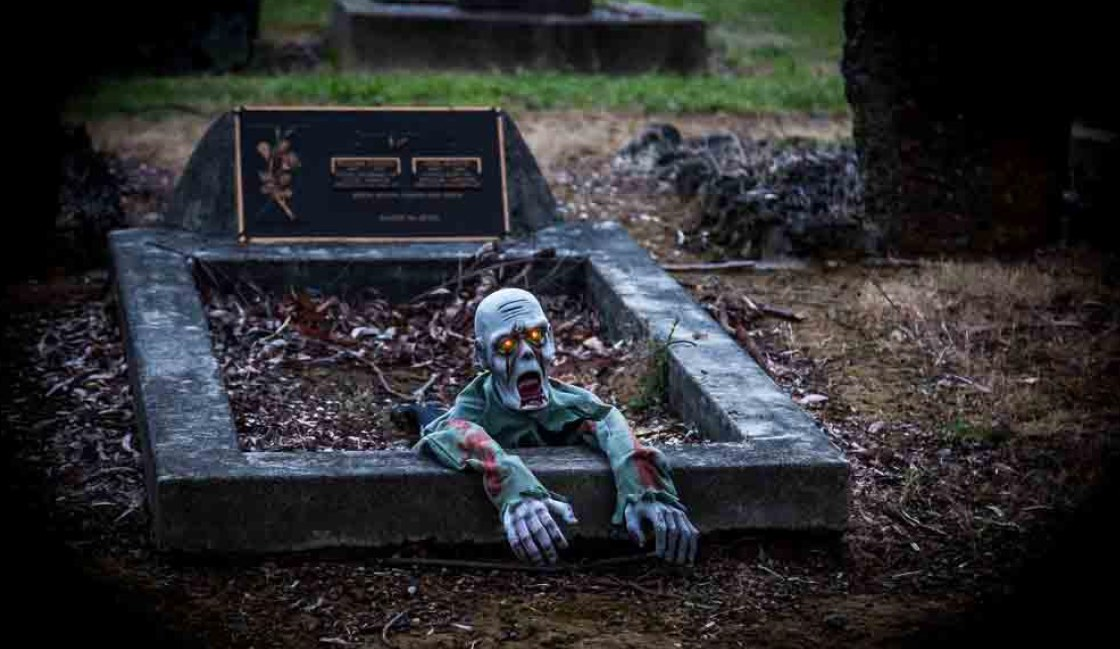 Halloween Props in action at the Wesburn Cemetary