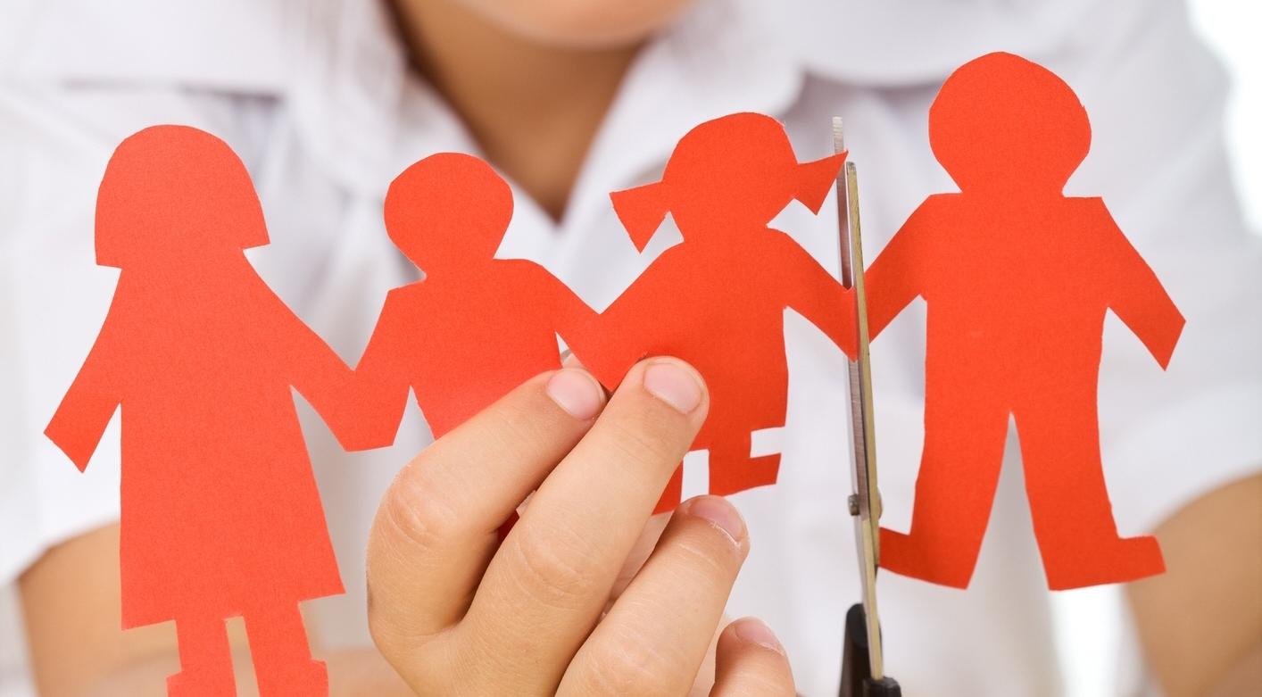 Child-divorcing-parents.jpg