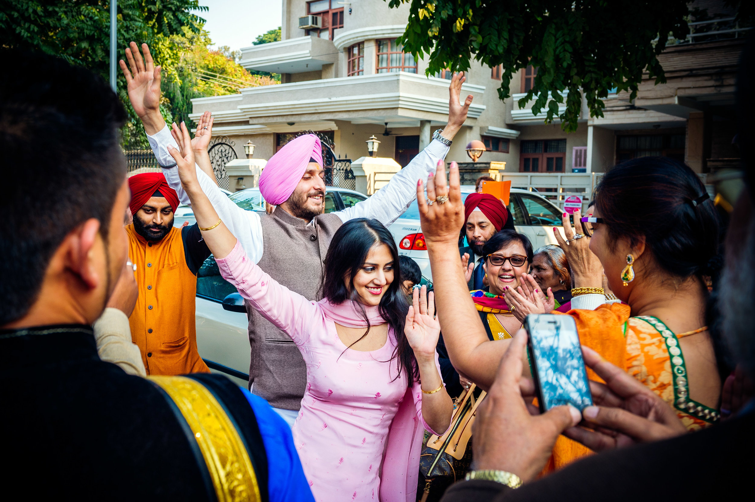 Likewise for the couple who were getting married, they were having lots of fun dancing in the streets towards the Gurudwara.