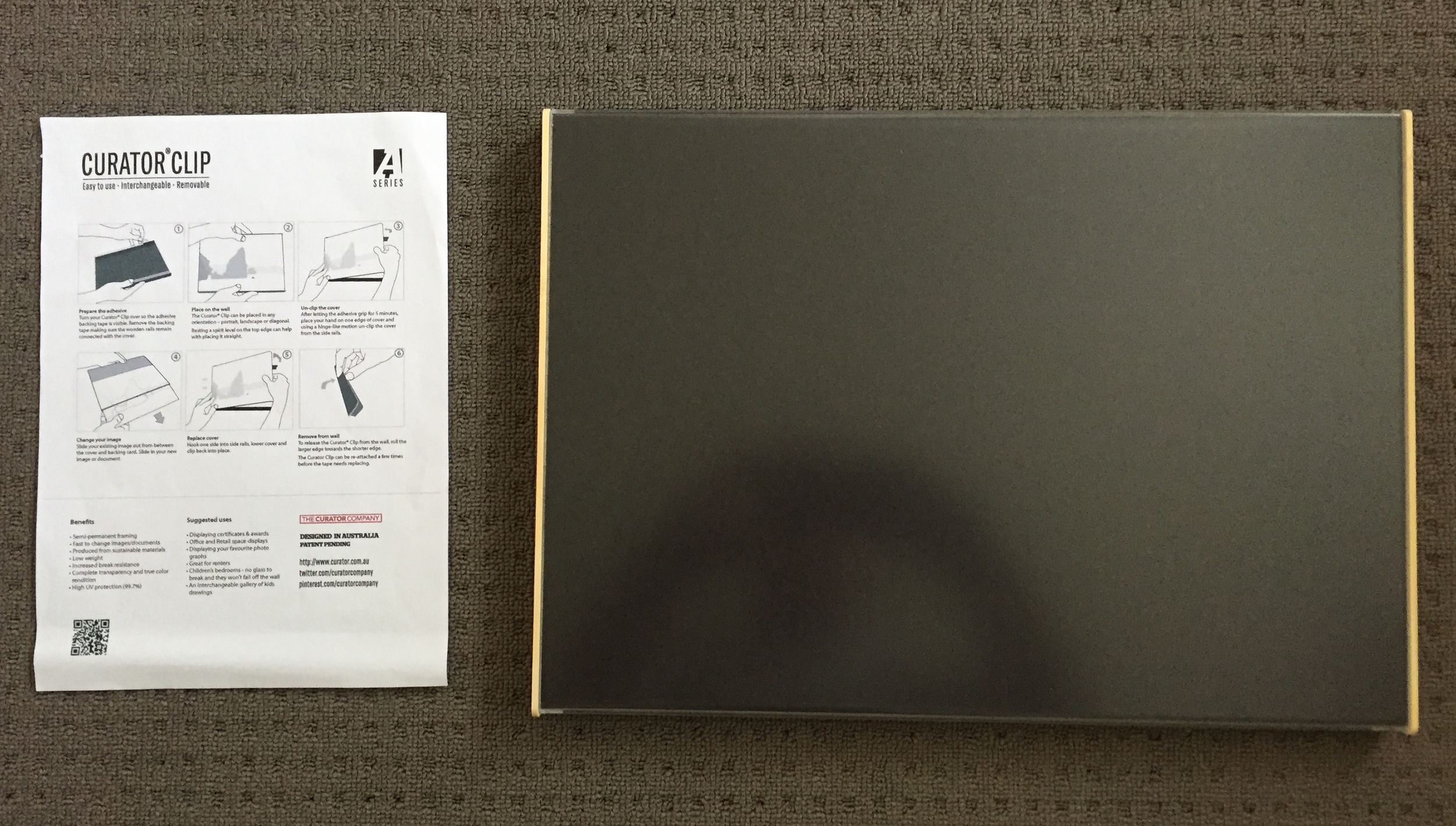 What you get in the packaging, your Curator Clip and a handy instruction guide.
