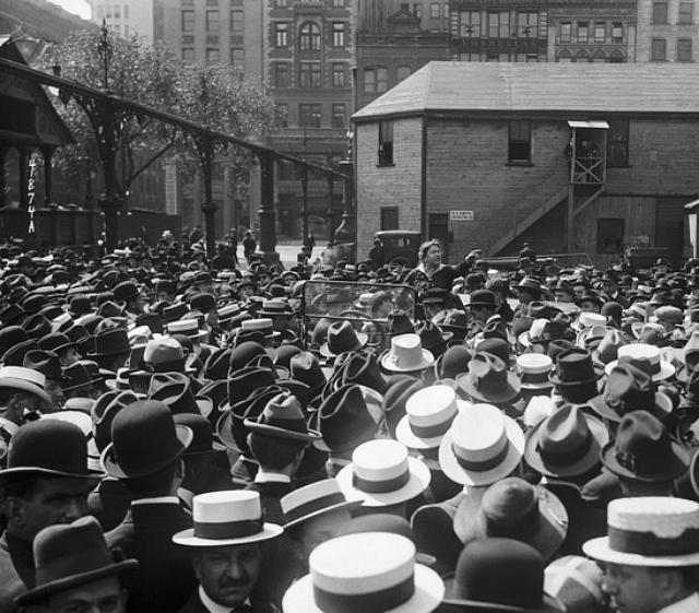 Emma Goldman in Union Square, New York (1919)