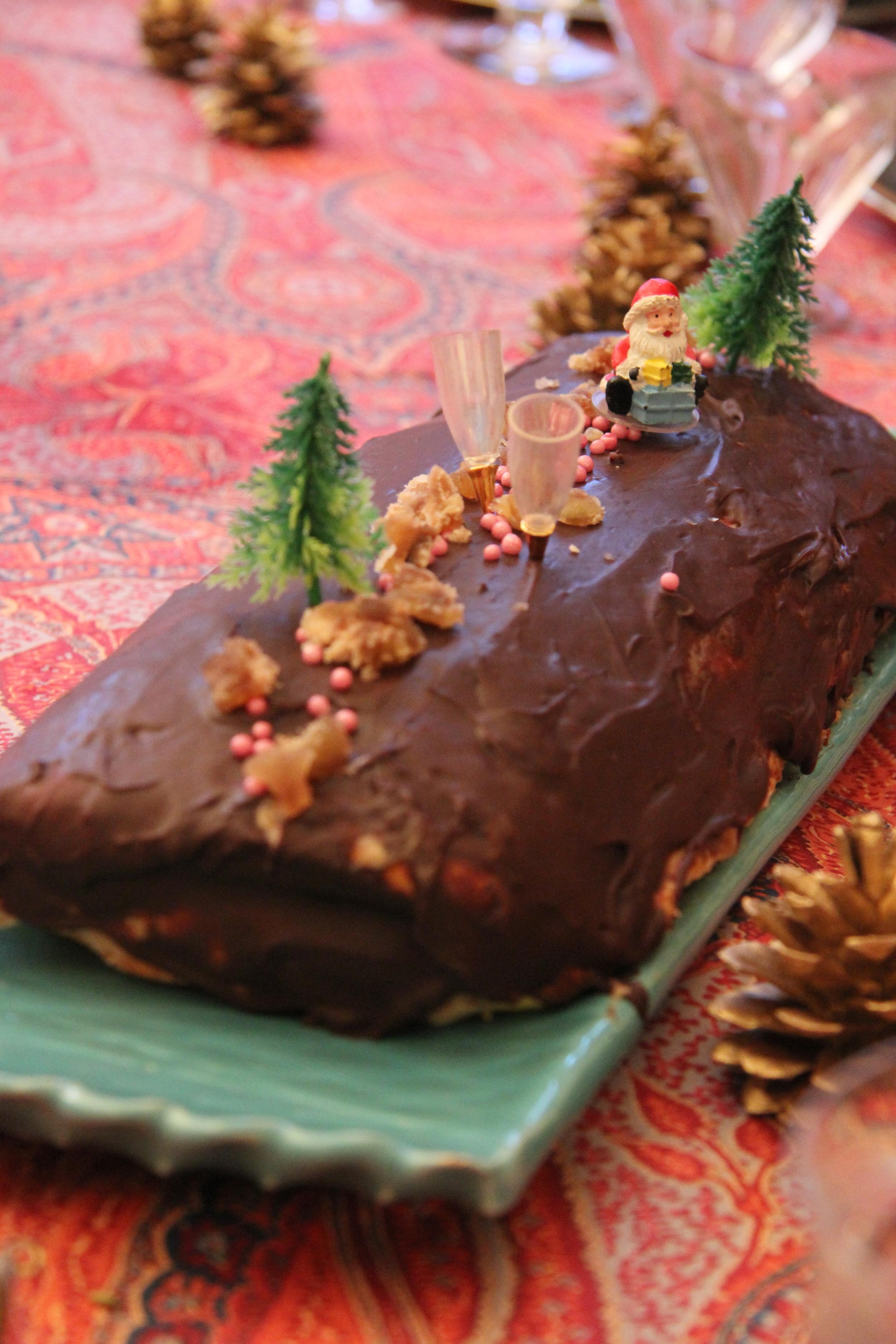 La bûche de Noël ! // www.theflyingflour.com