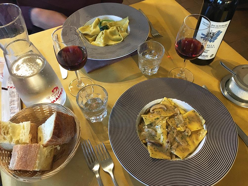 Trattoria Bolognese, Milan | www.theflyingflour.com