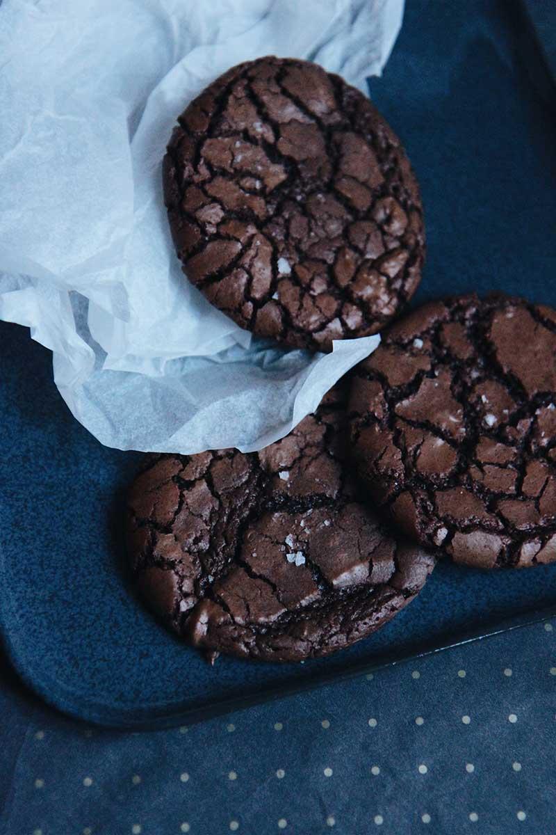 Brownie Crinkle Cookie   © The Flying Flour